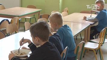 jedzenie w szkołach