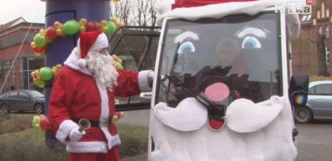 Święty Mikołaj spotkał się z dziećmi przy Ratuszu