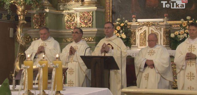 We wtorek w kościele Podwyższenia Krzyża Świętego ks. Adam Gadomski obchodził 25-lecie święceń kapłańskich.