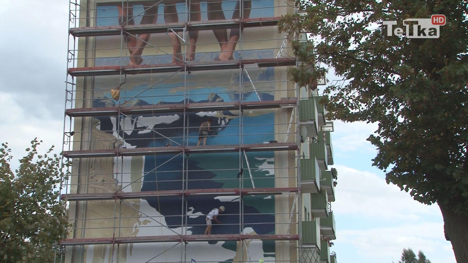 Kończą się prace przy muralu 3 D