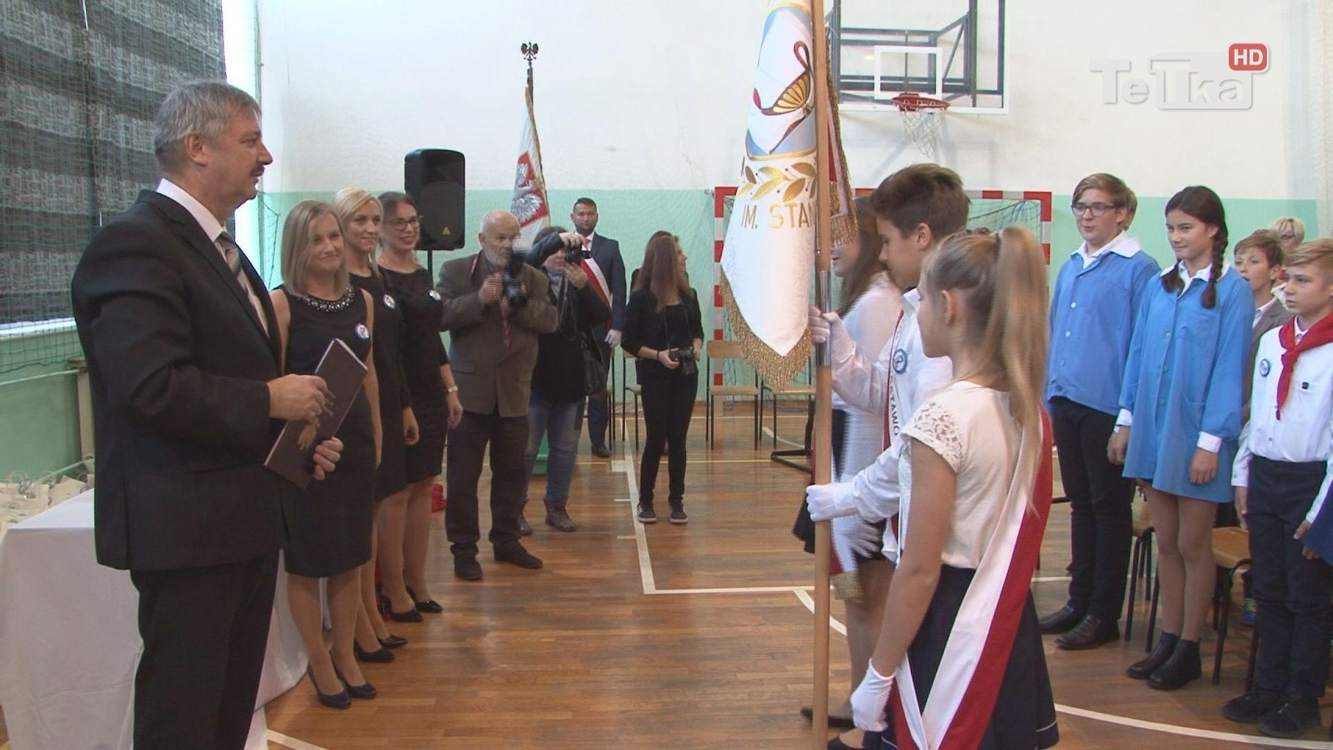 nauczycielom wręczono nagrody prezydenta na jubileuszu szkoły podstawowej nr 7