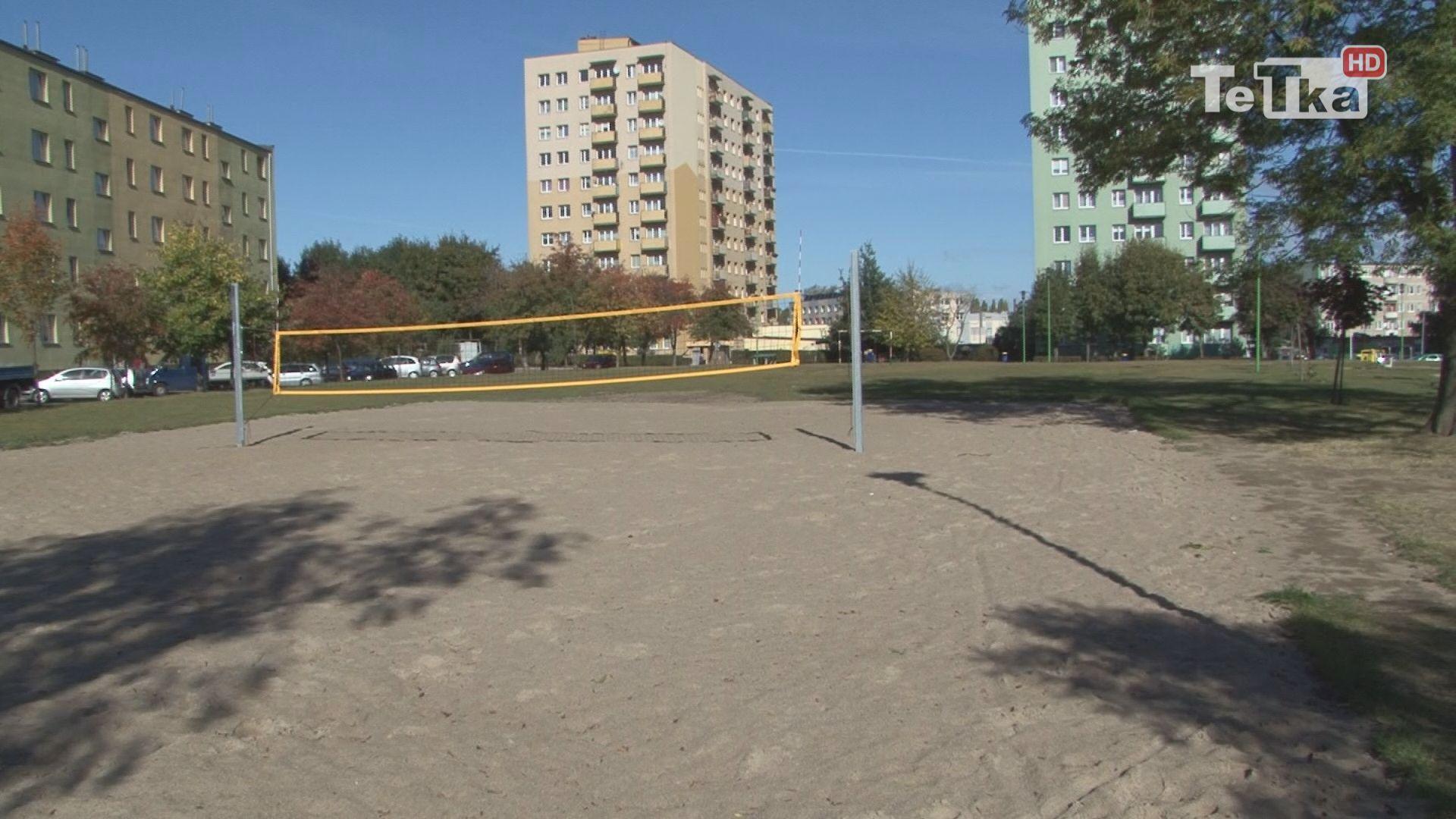 prezydent Tczewa obiecuje, że boisko do siatkówki plażowej zostanie ogrodzone