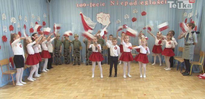 przedszkolaki z ósemki wystąpiły w koncercie związanym ze stuleciem odzyskania przez Polskę niepodległości