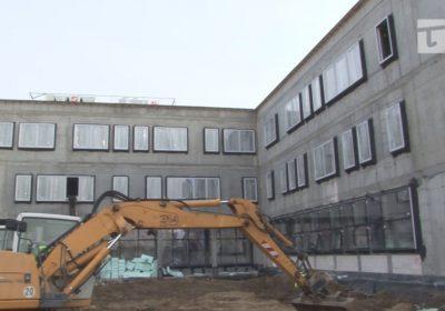 wrą prace przy budowie sądu rejonowego w Tczewie