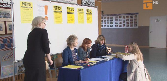 W całej Polsce ruszył strajk nauczycieli