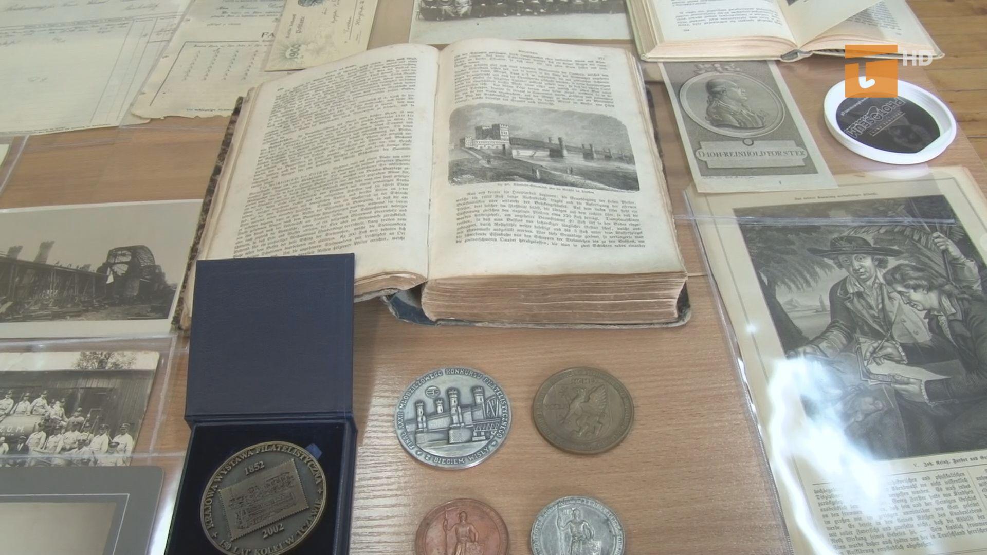 Historyczne skarby trafiły do biblioteki