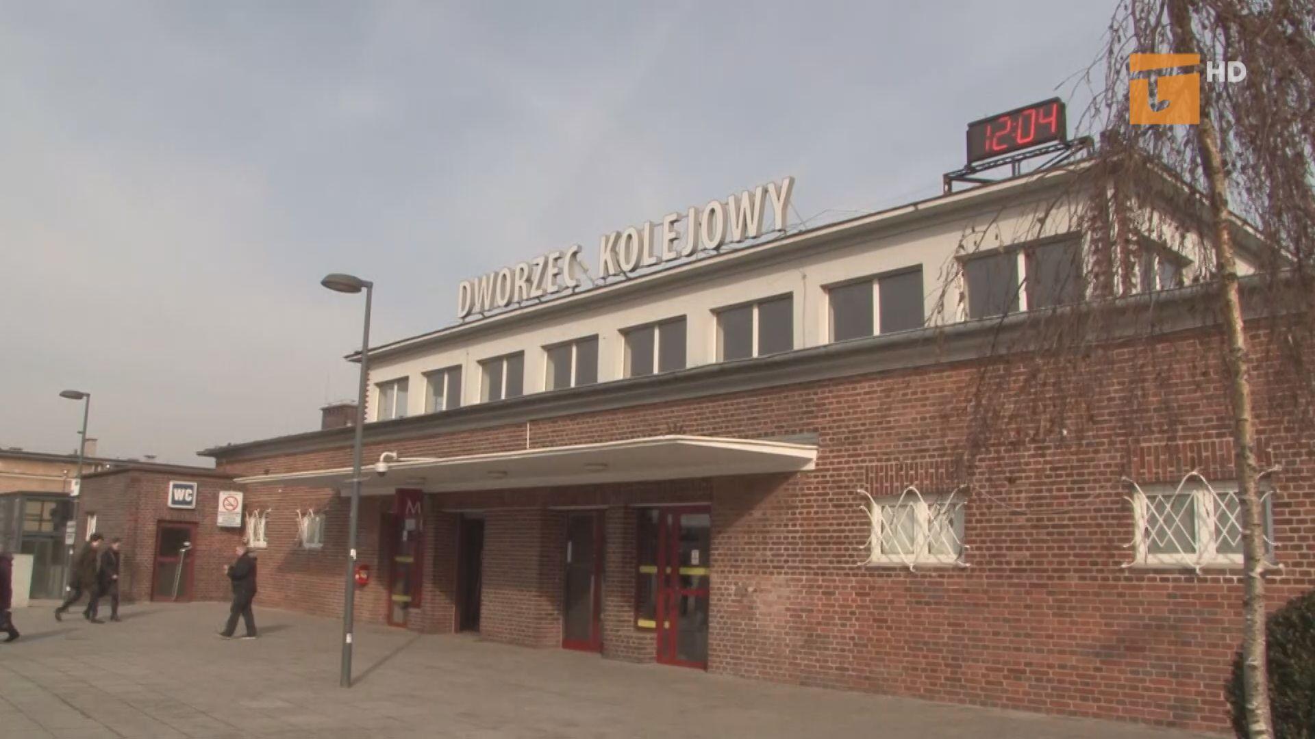 Trzy firmy chcą wyremontować dworzec