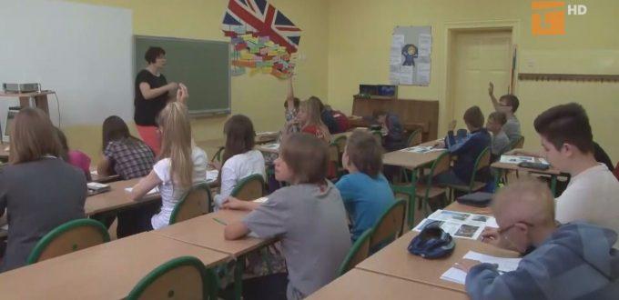 Trwa nabór wniosków na stypendia i wyprawki szkolne