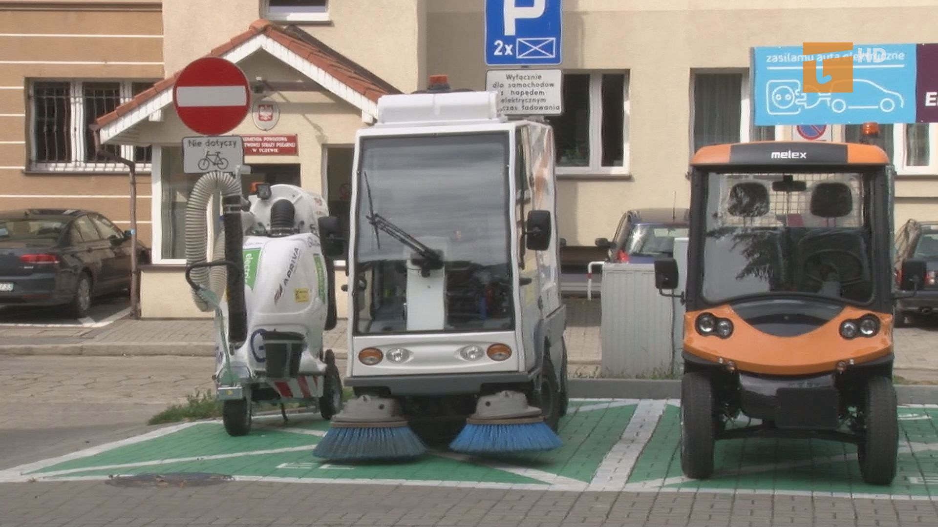 Zakład Usług Komunalnych otrzymał nowe maszyny, które będą wykorzystywane do miejskich prac porządkowych