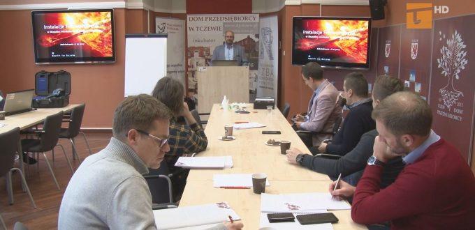 Dom Przedsiębiorcy zorganizował spotkanie na temat fotowoltaiki oraz usług druku 3D