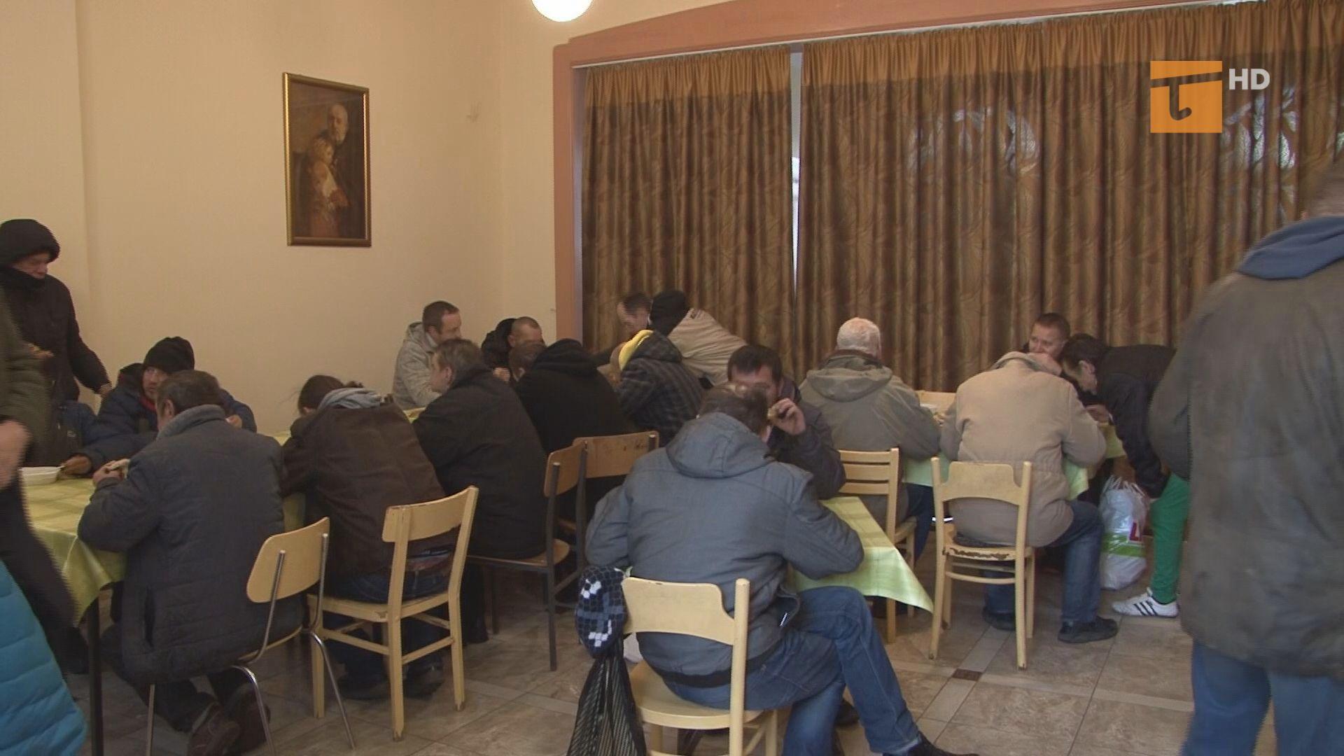 Tczewscy funkcjonariusze policji, straży miejskiej oraz pracownicy socjalni Miejskiego Ośrodka Pomocy Społecznej przeprowadzili liczenie bezdomnych