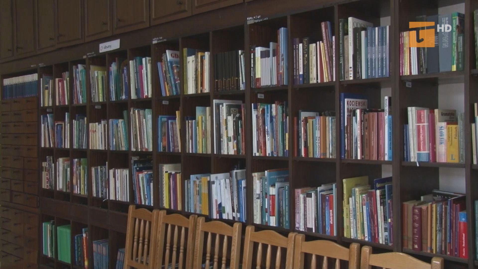 Zostań w domu i czytaj książki