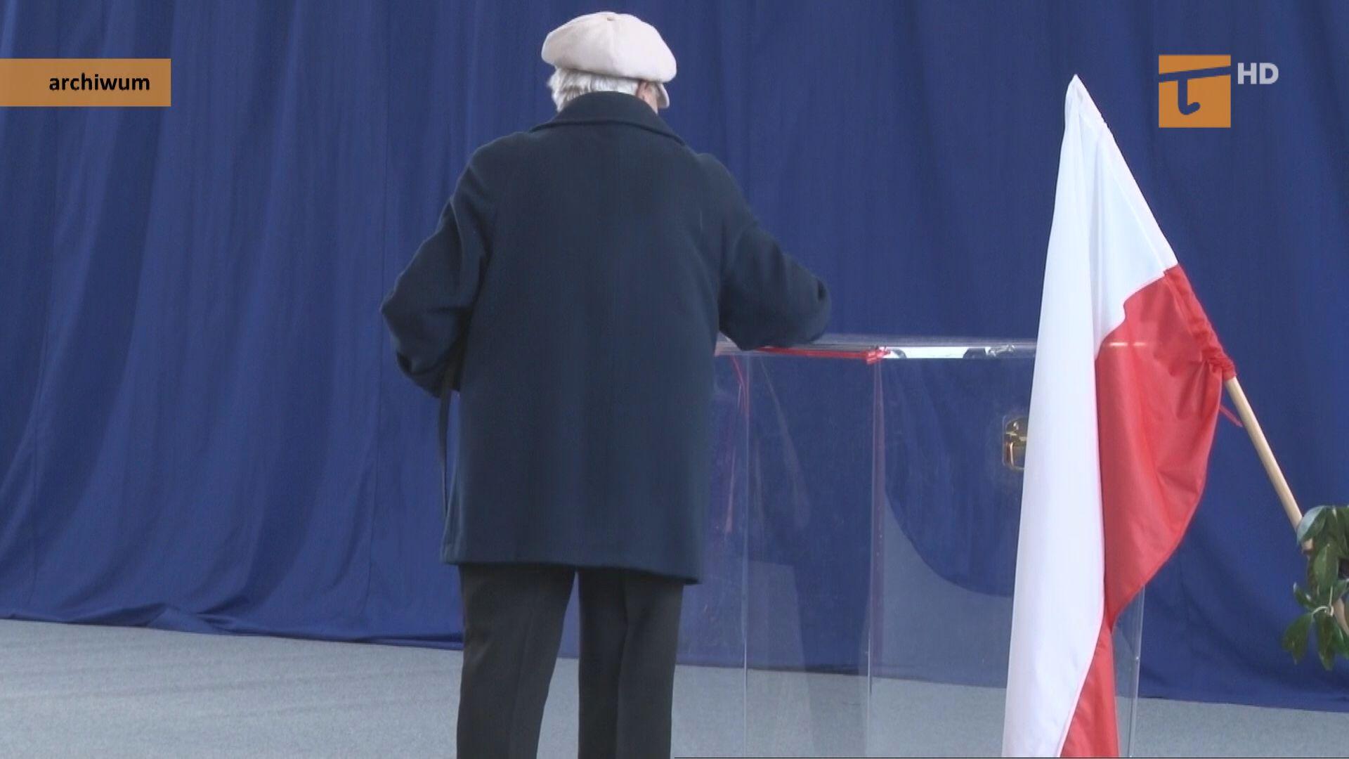 Wybory przy urnach czy korespondencyjne