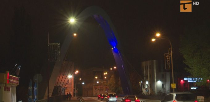 Iluminacja wiaduktu na Wojska Polskiego